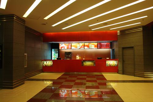 唐山银兴百老汇影院是香港百老汇戏院有限公司与湖北省电影发行放映
